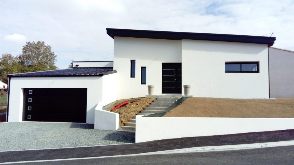 constructeur maison neuve 85 toit plat entreprise p t